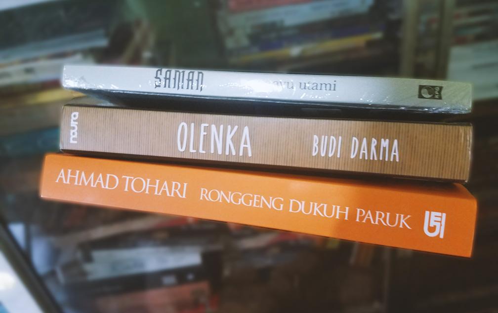 Buku-Buku Akik